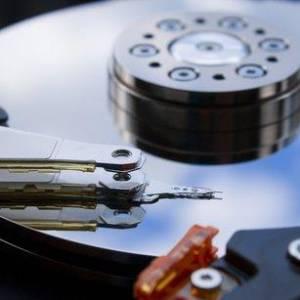 机械硬盘获得技术突破续命5年!为什么还是难以追上固态硬盘?