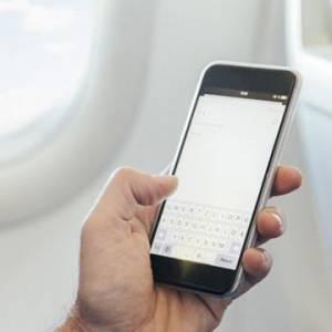 飞机上玩手机终于解禁 是时候弄明白飞行模式有啥用了