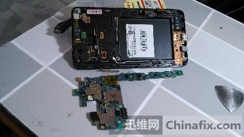 i9100充电后造成正负极短路更换电容无果求解?