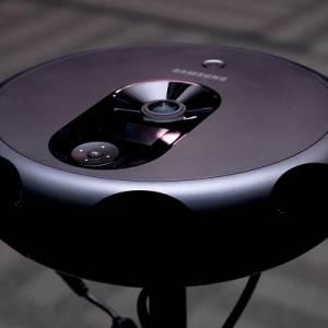 外形酷似扫地机器人的VR相机!