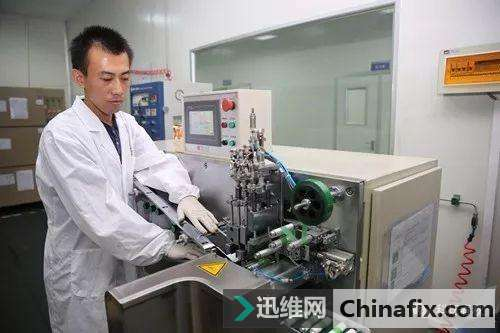 神奇的超级电池在中国诞生!仅需要15分钟就可以完成手机充电!