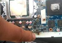 神舟战神K650D笔记本进水,机器烧焦有糊味,只需一招竟满血复活