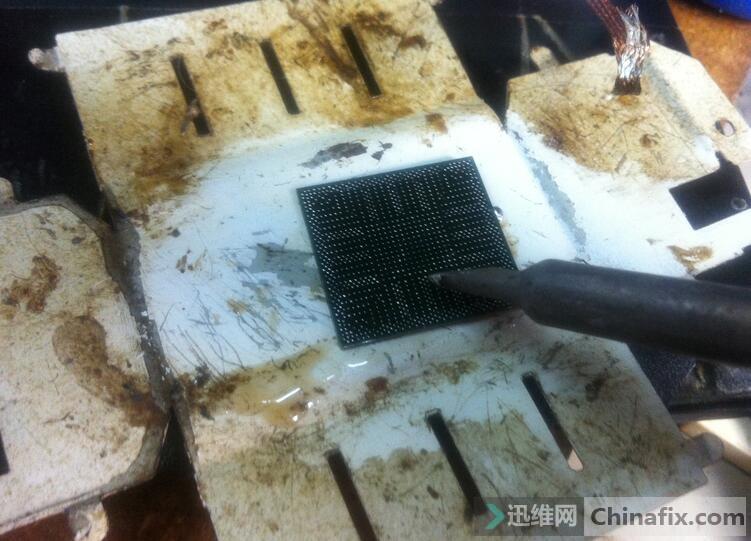 首先简单处理焊盘