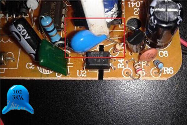 瓷片电容与电解电容的区别.jpg