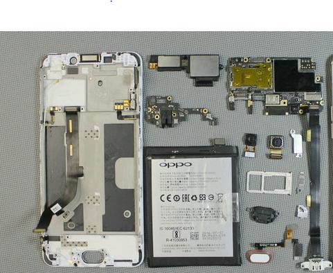 电池、尾插排线、听筒、开机和音量排线等等都要拆掉