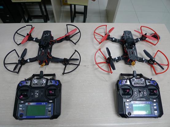 迅维无人机培训室内飞行练习用穿越机