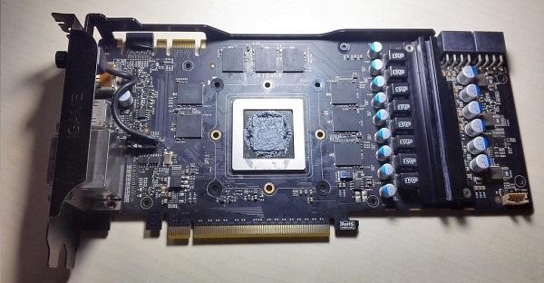 七彩虹GTX770黑屏维修兼谈N卡供电控制架构 图4