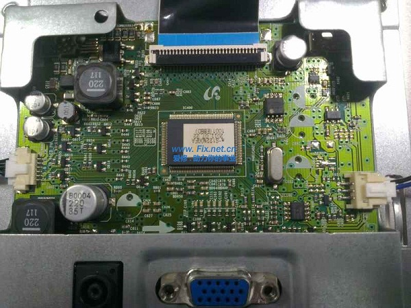 三星S22A100N显示器不显示故障维修5