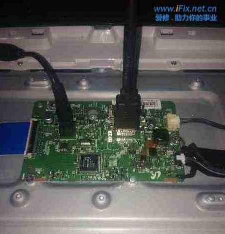 三星S27d360电脑显示器闪一下黑屏 图2