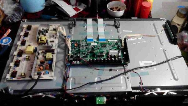 长虹液晶电视机有声音没图像维修2