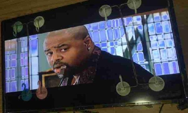二修海信42电视机有声音没图像 电击法维修 图6