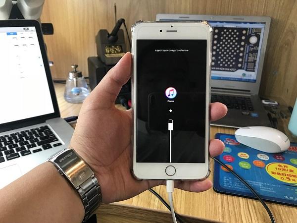iPhone7/7P基带1V短路引起设备重启修复 图1