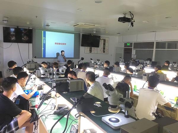 扬帆起航:迅维实地培训2018年8月开学典礼