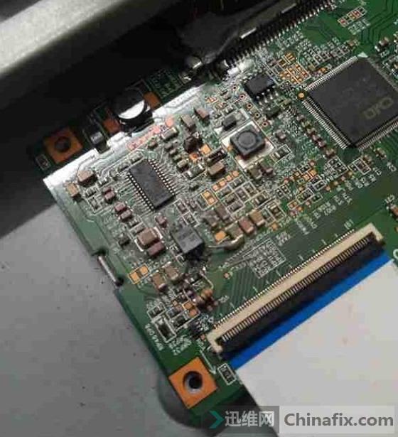 康佳LC32ES62液晶电视开机灰屏故障维修 图3