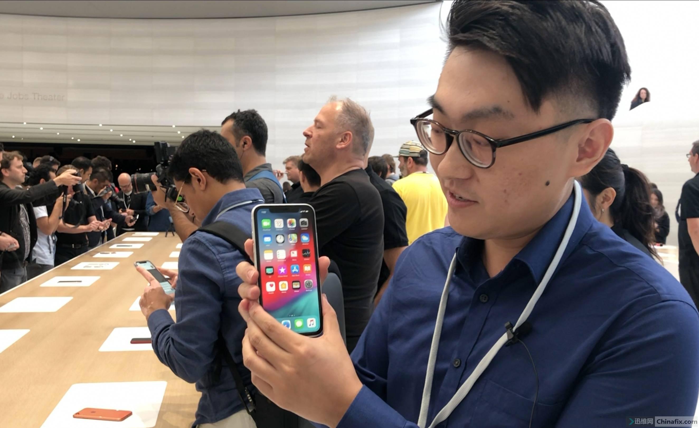如何看待苹果 2018 年推出的 iPhone XR?配置和性能如何?-8.jpg