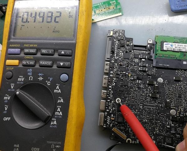 苹果A1278笔记本电池不充电 电源指示灯不亮故障维修5