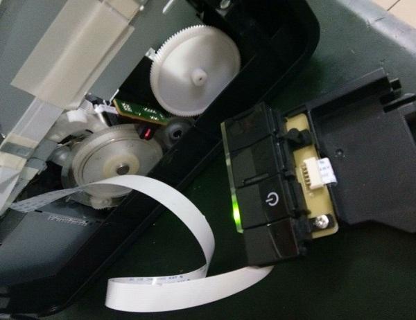 爱普生T50打印机开机不通电 主板怀改装L805故障维修7