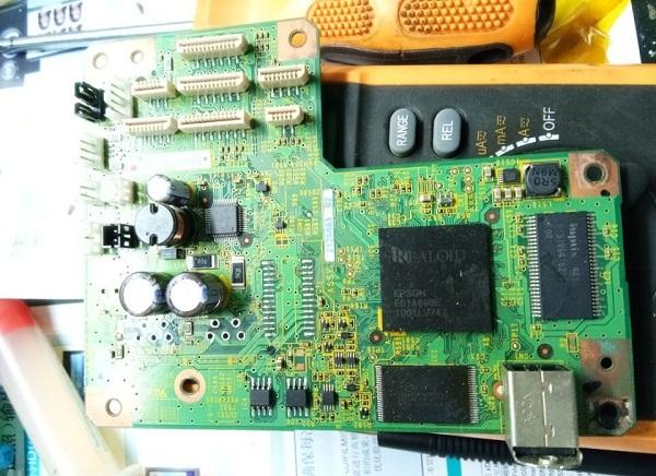 爱普生T50打印机开机不通电 主板怀改装L805故障维修1
