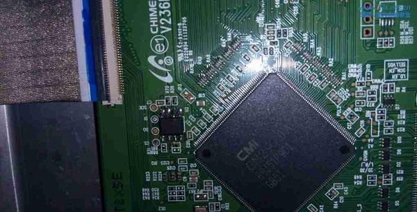 海尔LE39A700液晶电视白屏故障维修 图3