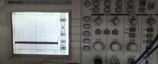 安卓平板型智能机顶盒开机不显示故障维修案例33