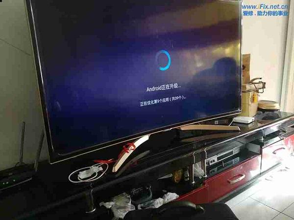 康佳QLED55X80U曲面液晶电视系统损坏升级故障维修案例2