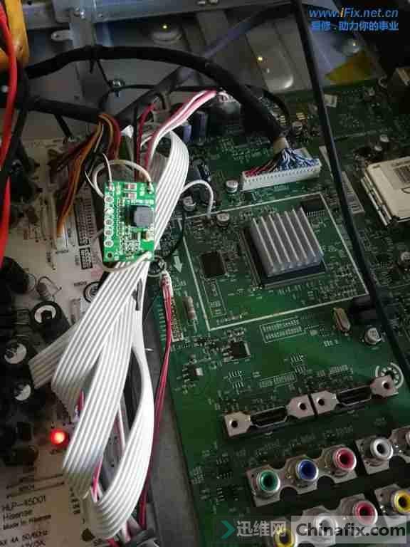 海信TLM47V88PK液晶电视花屏故障3