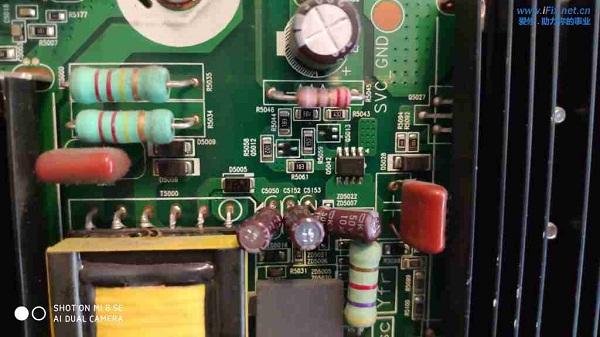 三星PS60E8000GJ电视黑屏有声音没图像故障维修案例3