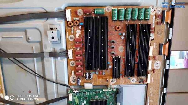 三星PS60E8000GJ电视黑屏有声音没图像故障维修案例5