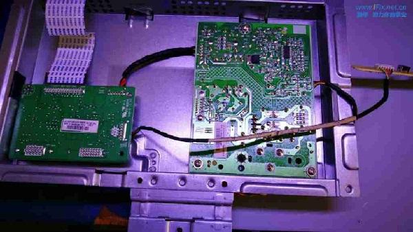 联想LS2233WA液晶显示器白屏故障维修案例4