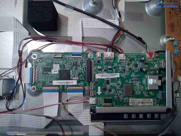 长虹3D512080n等离子电视反复重启故障维修案例3
