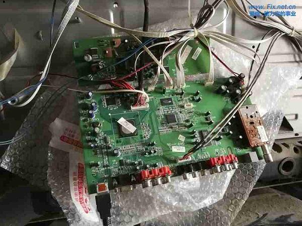 创维47L20HF液晶电视灰屏故障维修案例3