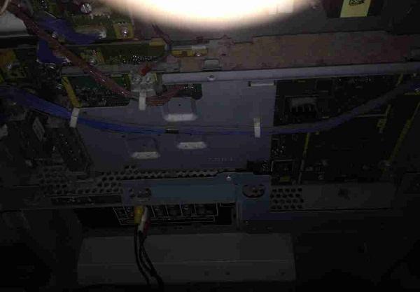 松下TH-50PY700H等离子电视开机后不久突然关机故障维修一例2