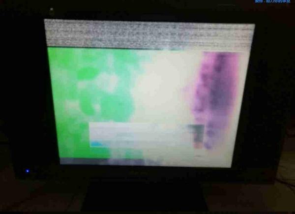 金正液晶电视花屏维修一例2