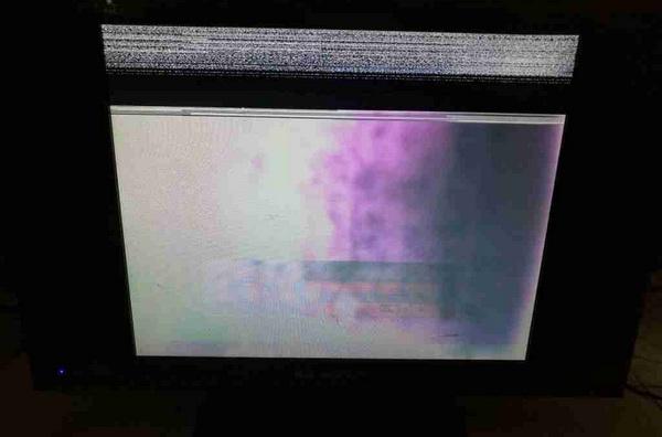 金正液晶电视花屏维修一例3