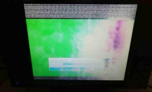 金正液晶电视花屏维修一例5