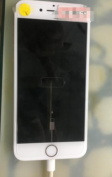 iphone 8手机不充电故障维修 图1