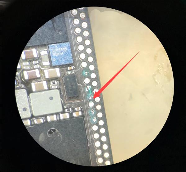 iPhone X手机重摔不触摸故障维修 图2