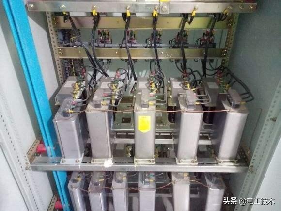 电容串联和并联的计算以及在电路中的作用,看完再说你了解电容-3.jpg