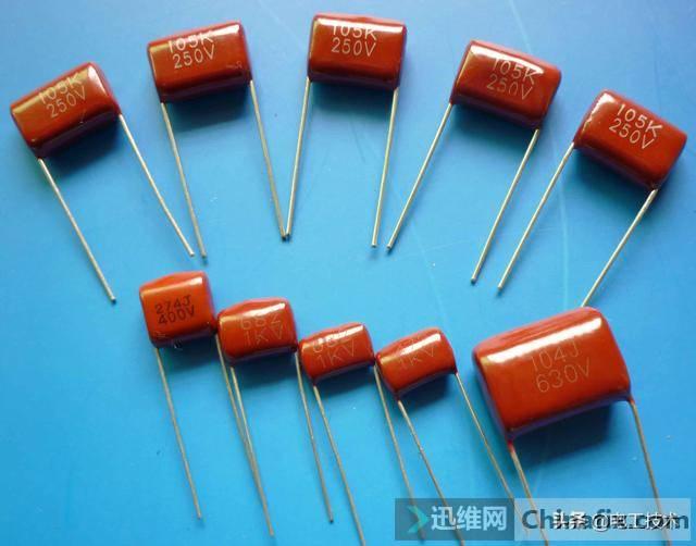 电容串联和并联的计算以及在电路中的作用,看完再说你了解电容-1.jpg