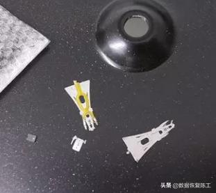 硬盘或移动硬盘认不到时,应该怎样进行故障的检测才正确-12.jpg