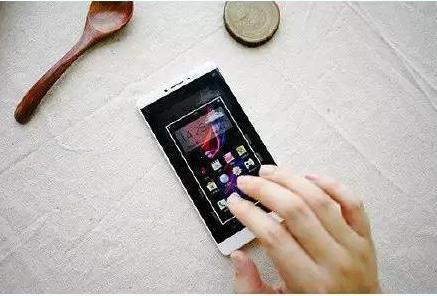 怎么样在手机上截图?