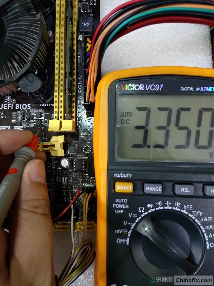 PU301_1脚电压.jpg