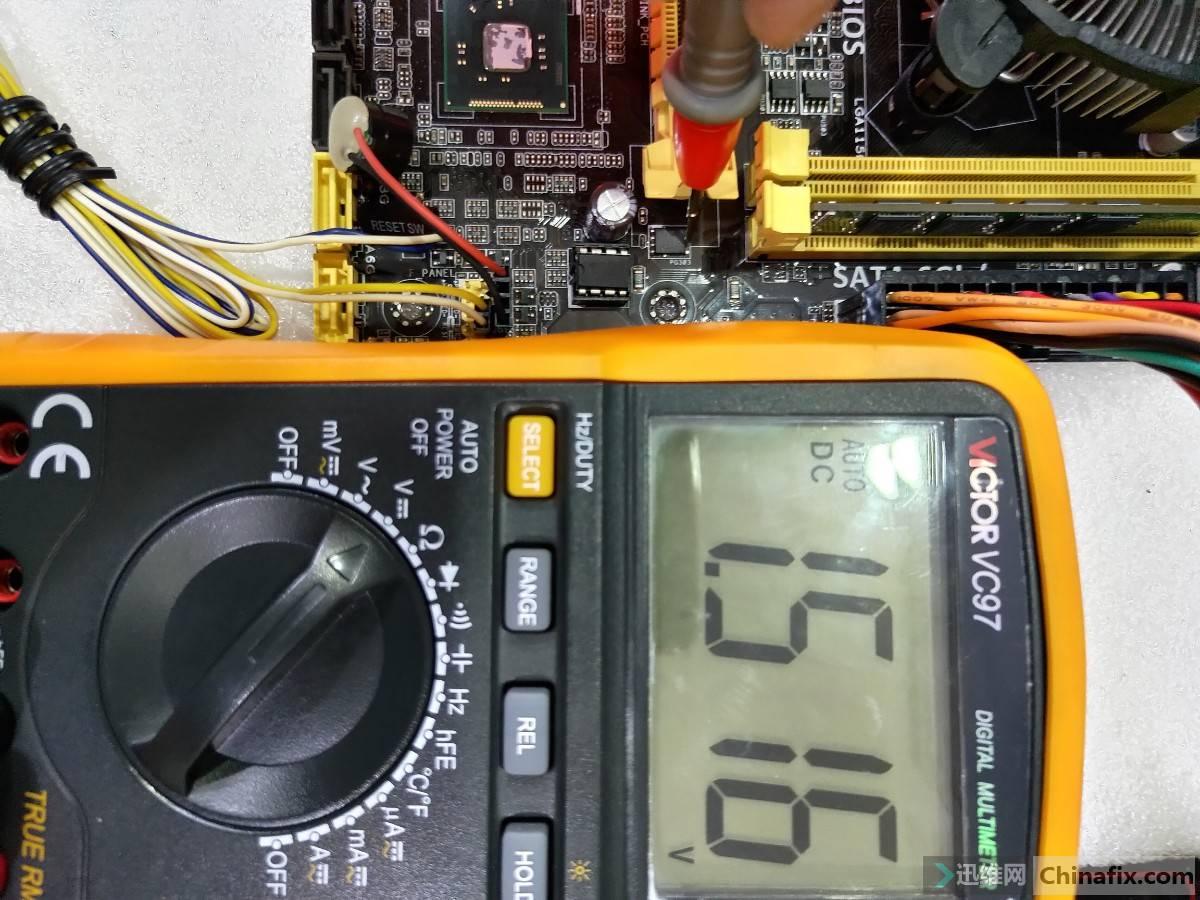 PQ303_D极电压.jpg
