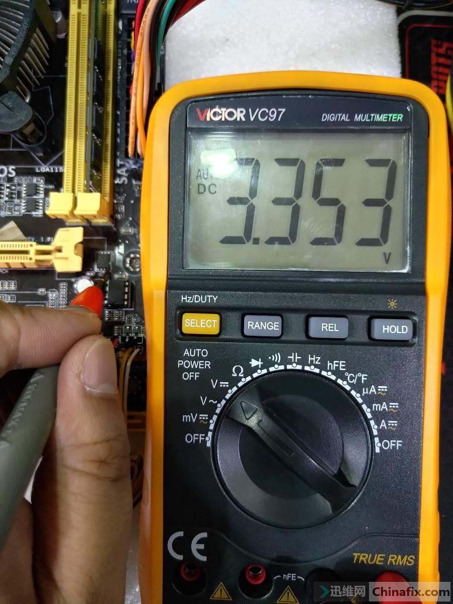 PQ303_G极电压.jpg