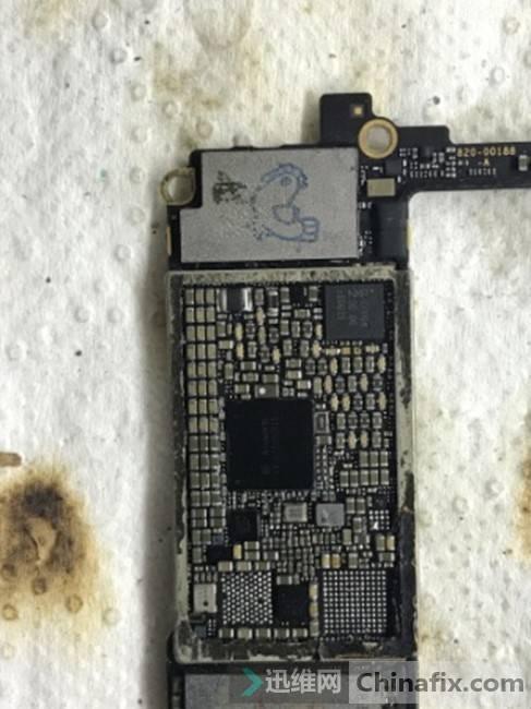 iPhone7摔后不开机二次维修