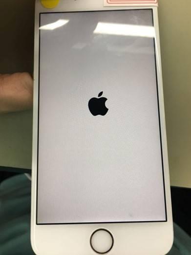 iPhone6P手机开机白苹果无限重启维修