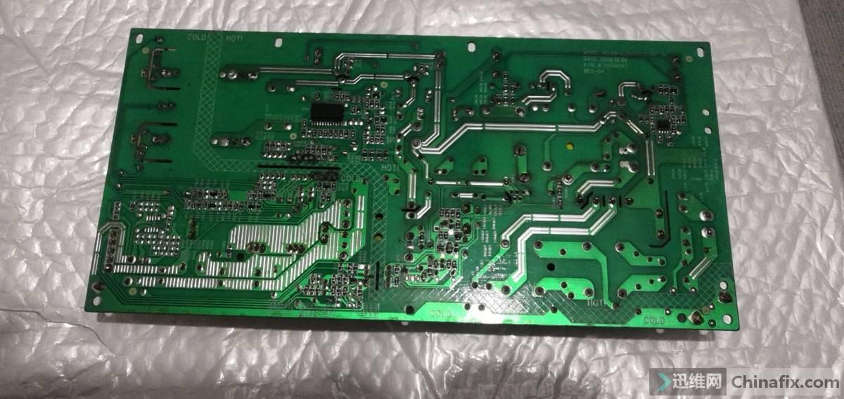 电源板背面旧板