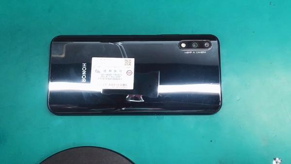 华为荣耀9X手机拆解 图1