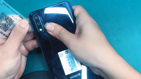 华为荣耀9X手机拆解 图4