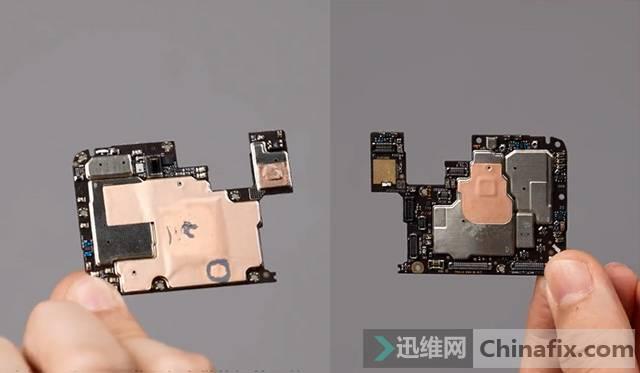 Redmi首款游戏手机K40游戏增强版拆机 主板特写